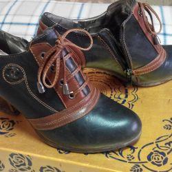 Ανοιξιάτικες μπότες γυναικών