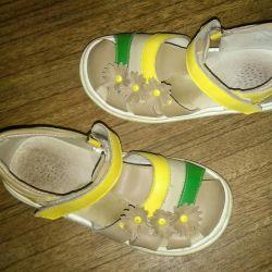 Sandaletler 28р-р