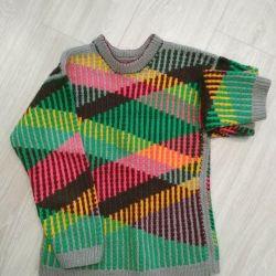 Stylish jumper (sweater)