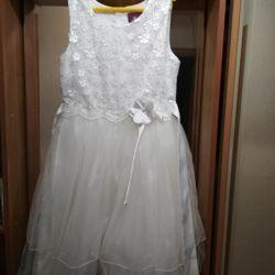 Rochie elegantă elegantă pentru fată