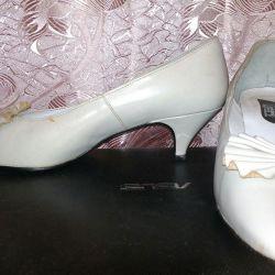 Белые женские туфли 23-24 см