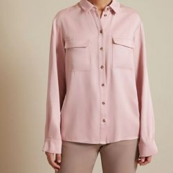 Shirt with patch pockets