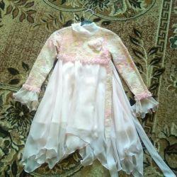 Праздничное платье р.122-128