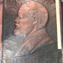 Embossing portrait of Lenin