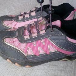 Spor Ayakkabıları s.30