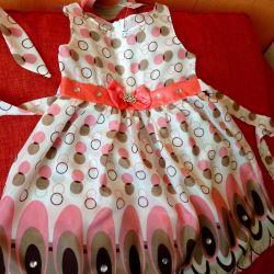 Πωλείται κομψό φόρεμα + διάδημα όλα τα νέα 4-7l