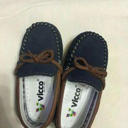 Ботинки Vicco новые 22