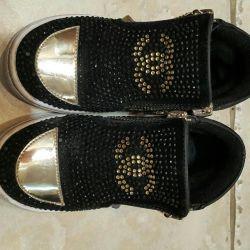 Модні черевички