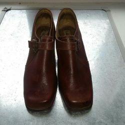 Pantofi p 39-40