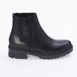 Νέες μπότες του Τσέλσι Τζέι Τσέλσι