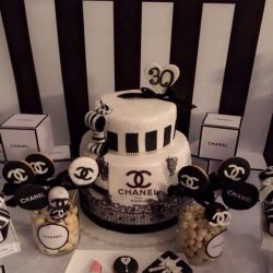 Τούρτες και Cupcakes
