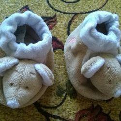 Пинетки -погремушки,пинетки -носочки