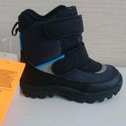 Новые мембранные ботинки 26