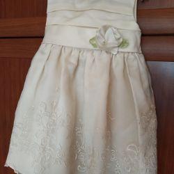 Festive dress on a little princess 🧚