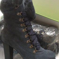 Μπότες γυναικείες χειμωνιάτικες επιδερμίδες δέρματος γούνας r 38 νέο