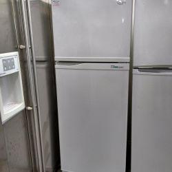 Широкий холодильник Samsung