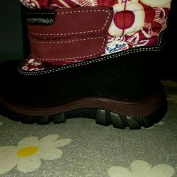 New winter children's boots