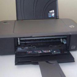 Έγχρωμος εκτυπωτής HP DeskJet 1000 J 110a