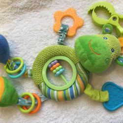 Toys, rattles, suspension in the stroller
