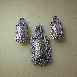 Ασημένια σκουλαρίκια και κρεμαστό κόσμημα 925
