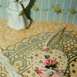 Sevgililer günü kalp hediye oymacılık dekor