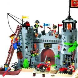 Designer Enlighten Brick Pirate Fortress, new