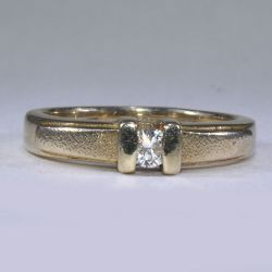 Gold women ring with diamond 16 sizes