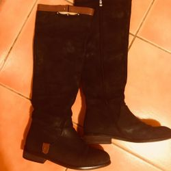 Suede boots 37 size