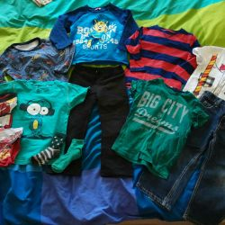 Children's clothing package for a boy