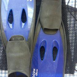 Fins + mesh for flippers + coats