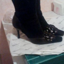 Μπότες 36 μέγεθος