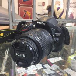Дзеркальний фотоапарат Nikon D5200 Kit