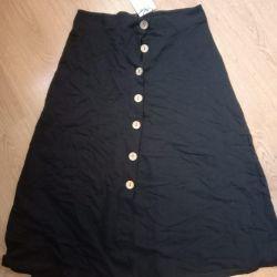 Skirt new size 46