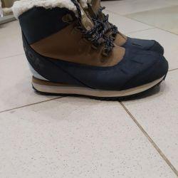 Reebok botları