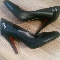 Pantofi r.37