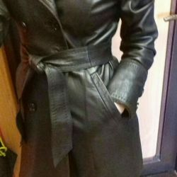 I will sell a leather raincoat - a jacket genuine leather