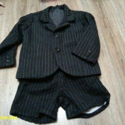 suit (jacket and shorts)