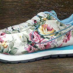 Nike Adidasi pentru femei
