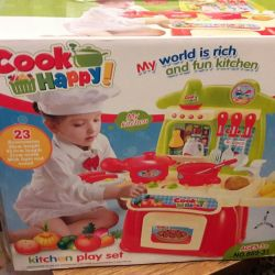 Новая игрушечная кухня