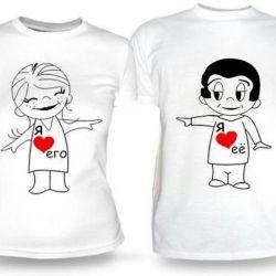Φωτογραφίες σε μπλουζάκια με επιγραφές και φωτογραφίες
