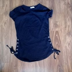 T-shirt tunic with lacing new