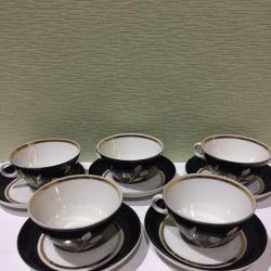 Чайный сервиз Дулево с красными белыми лепестками
