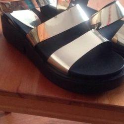 Άνετα, μαλακά παπούτσια