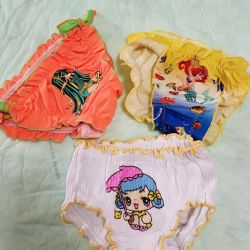 Panties and swimming trunks, new, for 1-1.5 g.