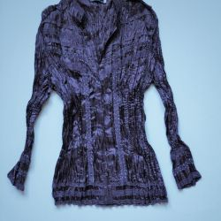 Dark lilac blouse with sequins