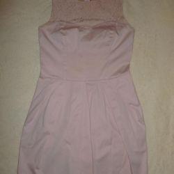 Платье цвета пыльная роза