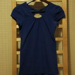 Blue T-shirt for girl
