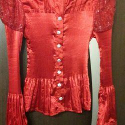 Yeni parlak bluz p 42