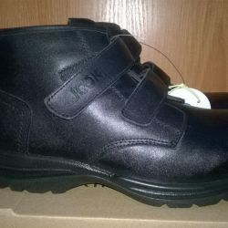 New shoes demisez. natural leather 38 and 39