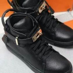 Sell new women sneakers